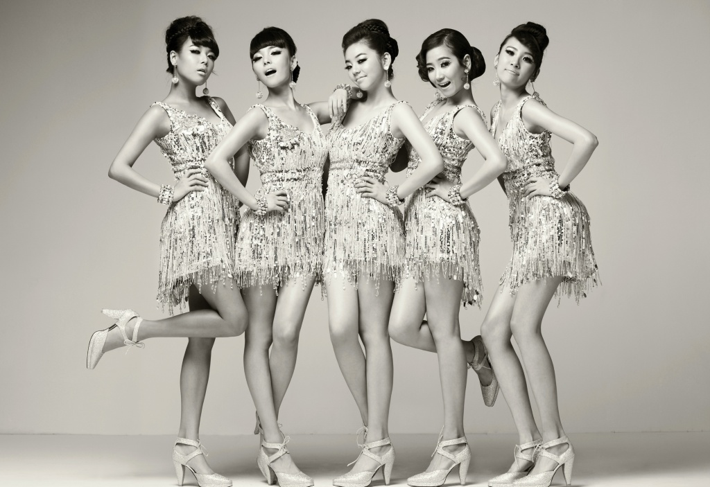 http://wondergirls.files.wordpress.com/2008/09/wg_nobody_pic2.jpg