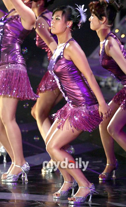 Yoo Bin Doing Aerobics with Nobody